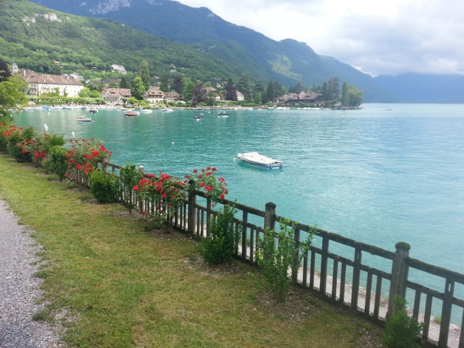 View of Bay of Talloires )